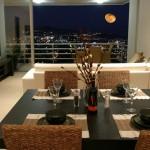 335k kitchen night view